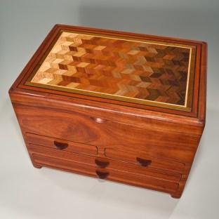 Box by Mark Mallia: parquet top, 4 drawers