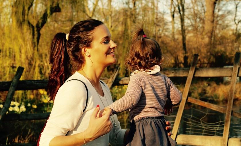 Mum des Monats: Rechtsanwältin und TV Expertin Lisa