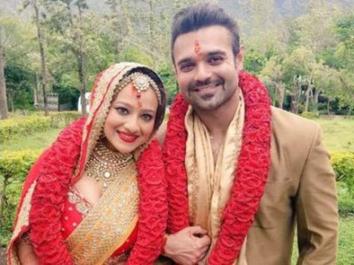 Mithun Chakraborty's son Mimoh, out on bail, gets married to Madalsa Sharma