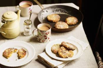 Apple And Almond Welsh Cakes