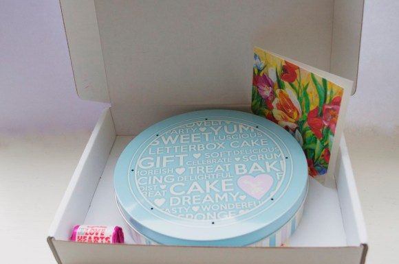 Baker Days letter box personalised cake review https://muminanutshell.com
