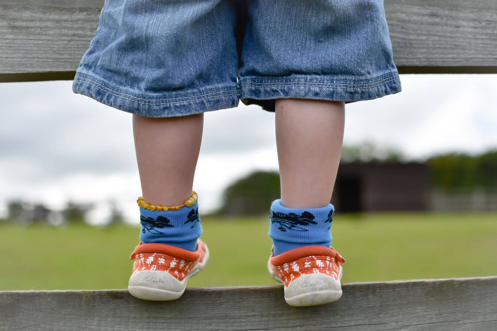 cute feet! don't you just love a pair of chubby legs on a toddler