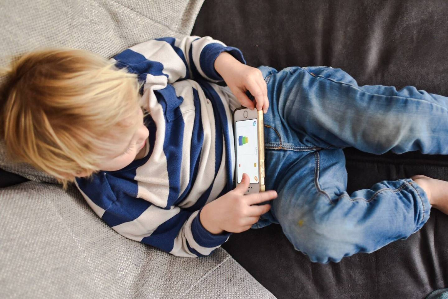 Tips on managing the amount of time children spend online