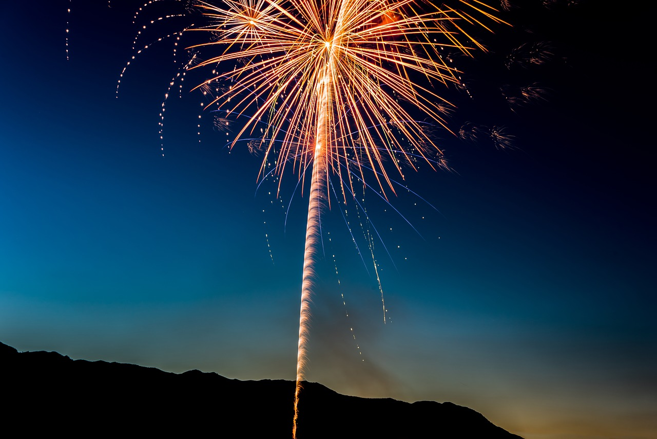 4 Essential Safety Tips for a Firework Display at Home