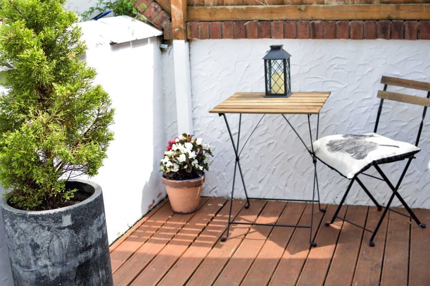 my stylish but cheap budget garden makeover