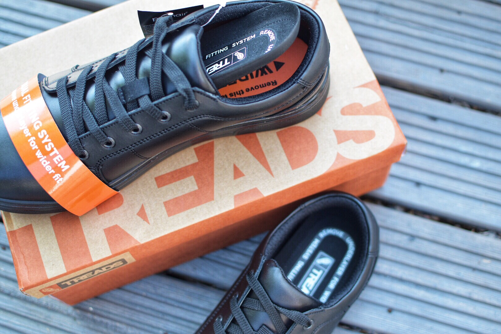 Treads School Shoes come with a dual fit insole and promise to be guarantee for 12 months