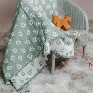 leichte Babydecke – Elefanten – meeresgrün