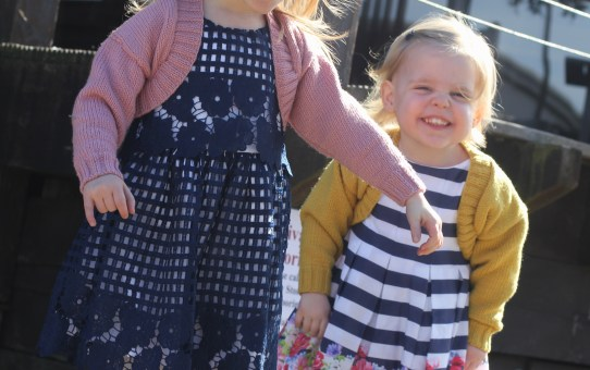What life is like with toddler twins: 2.5yr update