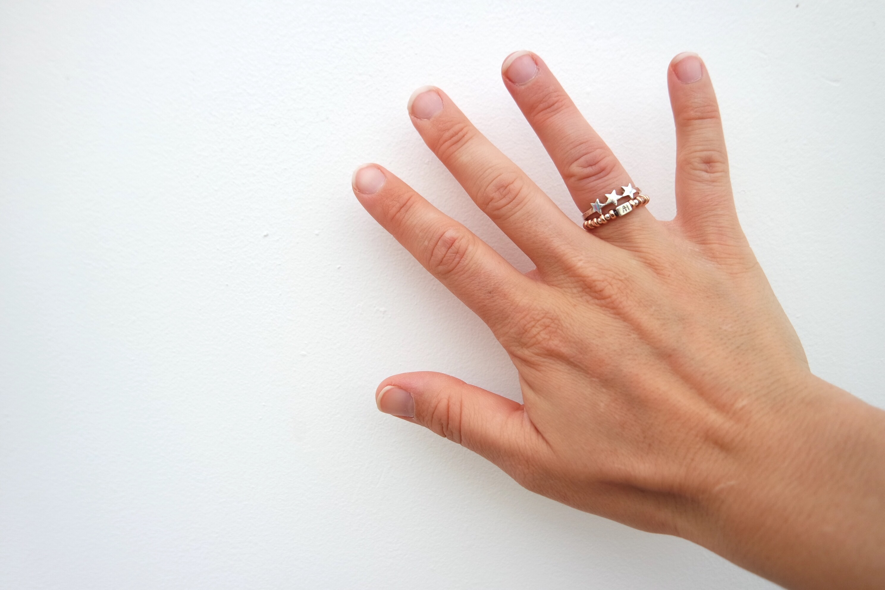 Annie Haak – a beautiful ring stack
