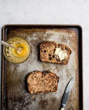 #Recipe – Rye hot cross bun loaf