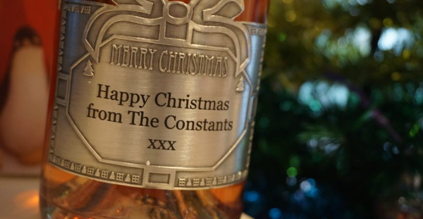 Personalised gifts this Christmas with GiftsOnline4U