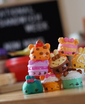 Celebrating National Sandwich Week with Num Noms