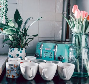 How to make your cups sparkle like new with Cup Clean