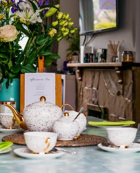Creating a beautiful family Afternoon Tea at home