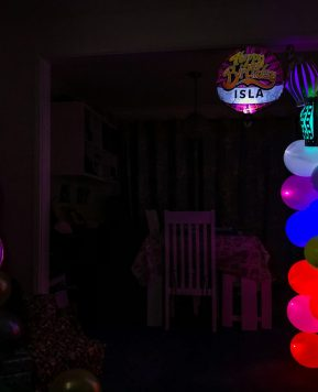 Win a bundle of lockdown birthday balloons with illooms