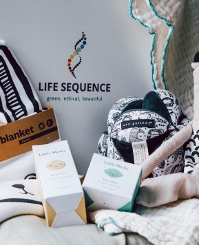 A green and ethical surprise mystery box for your child