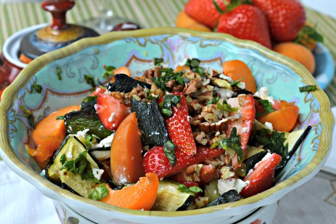 Grilled Zucchini Strawberry Salad