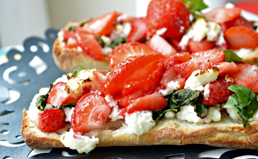 Strawberry Bruschetta with Panner