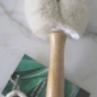 Dry Brushing Face for Skin Rejuvenation