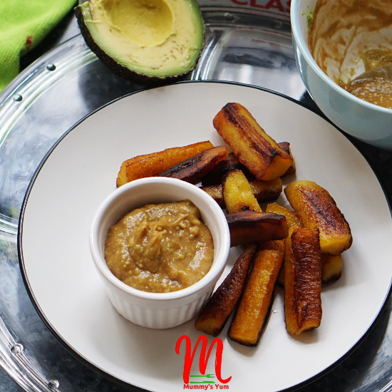 Plantain fried in coconut oil for a fragrant yummy taste