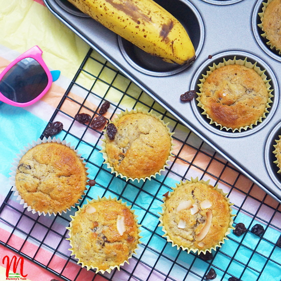 Raisins and Banana Muffins