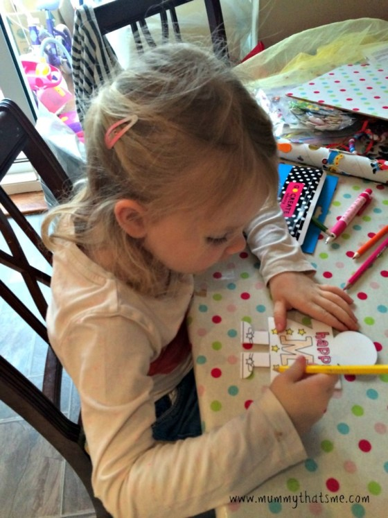 E colouring mothers day