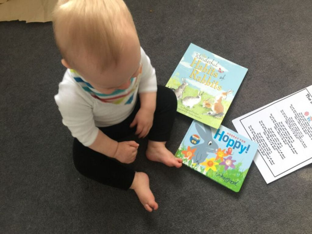 Our review of the Happy Book Club, a monthly subscription service delivering two beautiful books to your door. Suitable for children from birth.