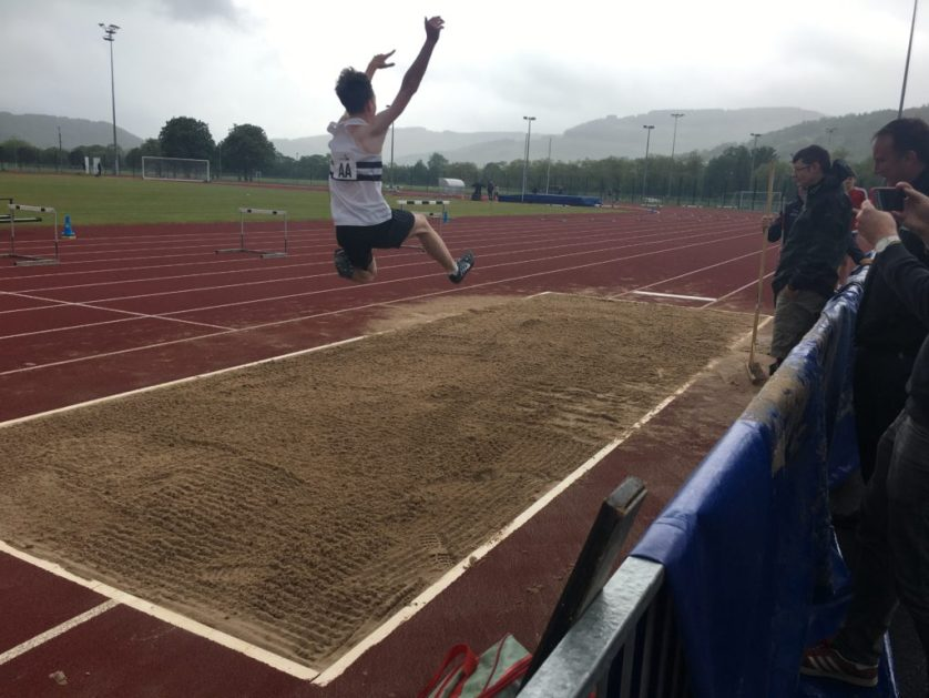 Son, Long jump, Silent Sunday, Sunday Snap, Athletics, Athlete, The new athlete and the old athlete