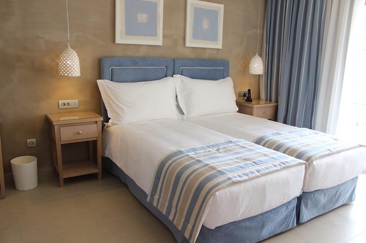 Twin room at Ikos Olivia. Copyright Gretta Schifano