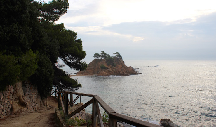 Costa Brava coastal path. Copyright Gretta Schifano