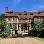 Review: Groombridge Place, Kent