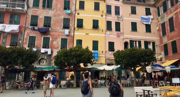How to explore Cinque Terre, Italy