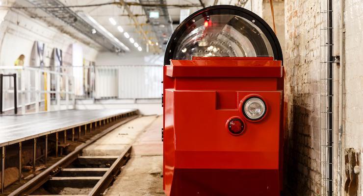 New Mail Rail passenger train © The Postal Museum, London