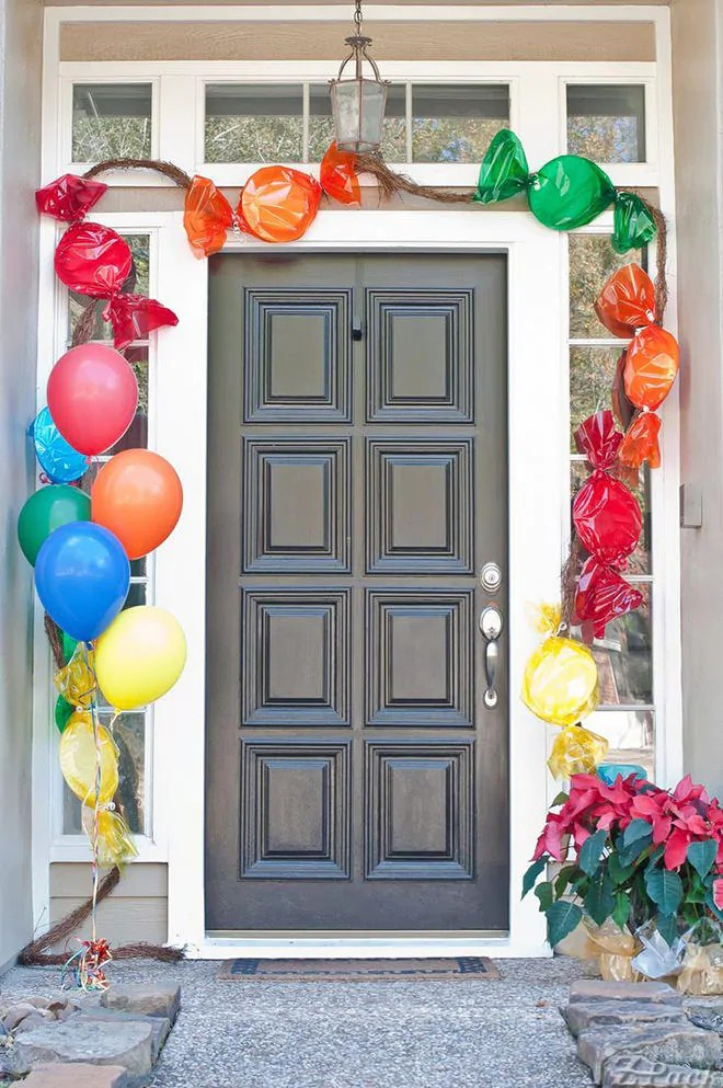 Party Starter: 12 awesome front door decorations