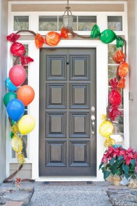 Party Starter: 12 awesome front door decorations | Mum's ...