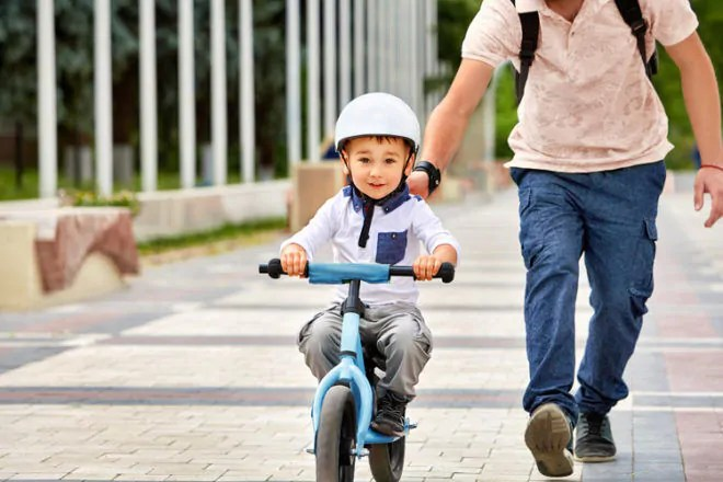 best baby chairs for toddlers desk chair recliner ready, set, cycle! 7 videos that teach kids how to ride a bike | mum's grapevine