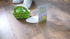 Pound World, Cheap Easter Crafts, Eater Craft Ideas, Easter Games, Easter Egg Hunt