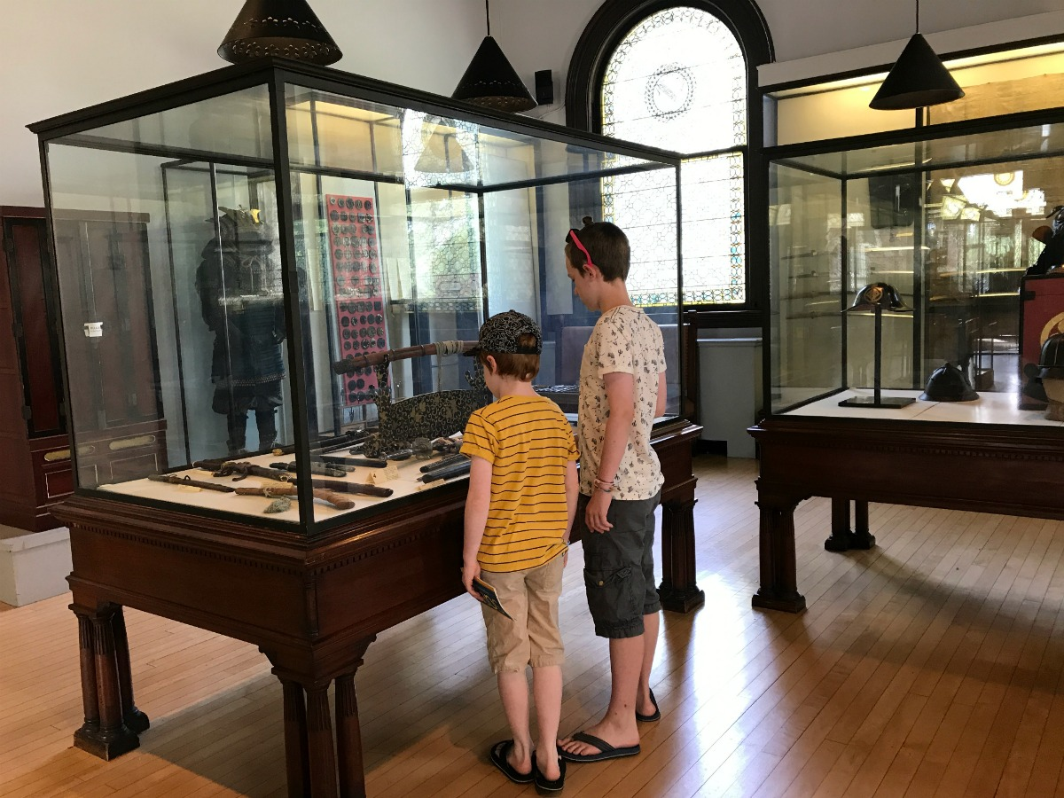 Snapshots from the Springfield Museums 13