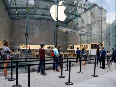 Apple Allegedly Asked U.K. Stores Landlords for 50 Percent Rent Reduction