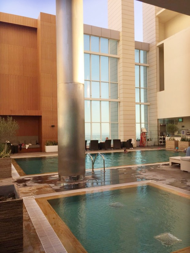 marriott downtown swimming pool