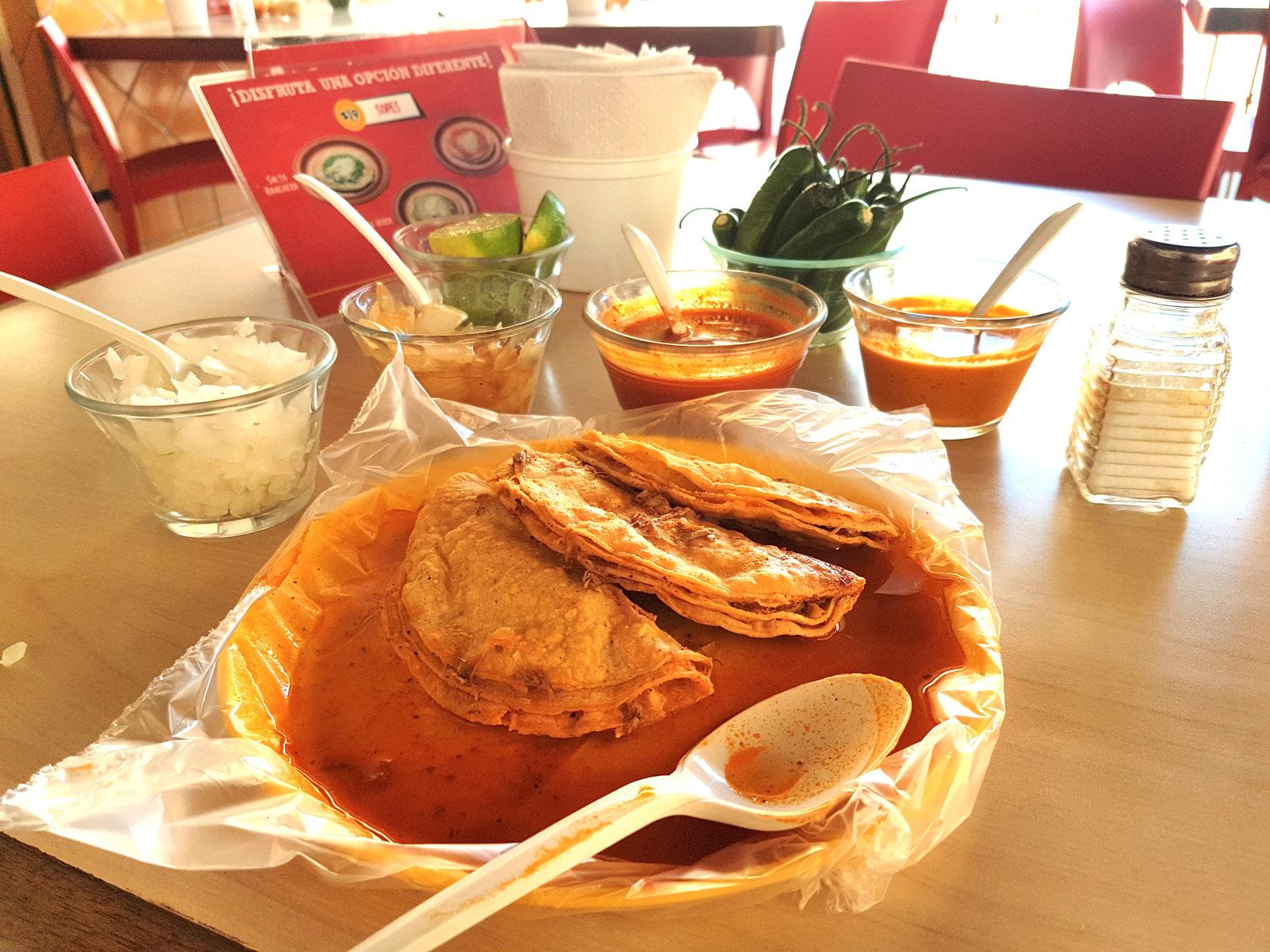 tacos de barbacoa en guadalajara