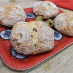 Quick & Easy Olive Soda Bread Rolls