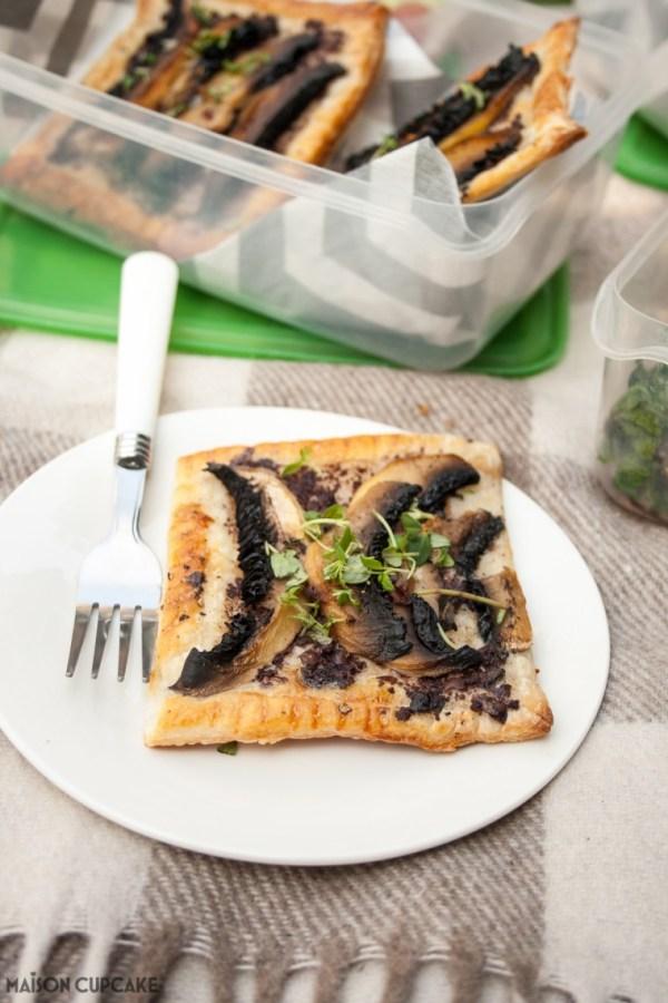 Portobello-Mushroom-Puff-Pastry-Tarts-4