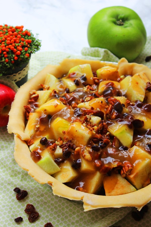 apple-pecan-bourbon-pie