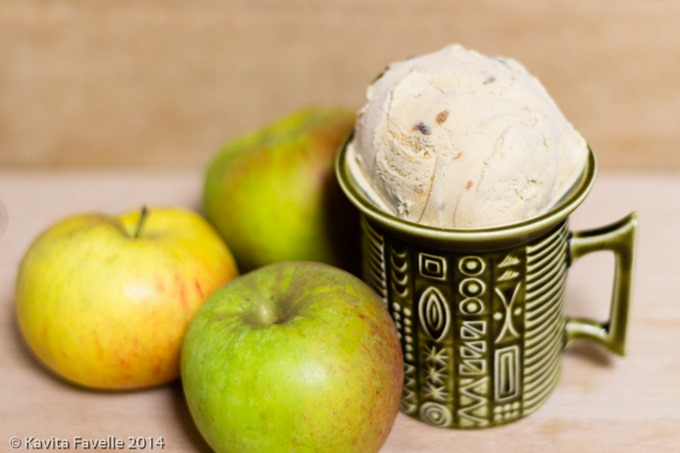 burnt-apple-bourbon-icecream-kaveyeats-ckfavelle-8487_thumb