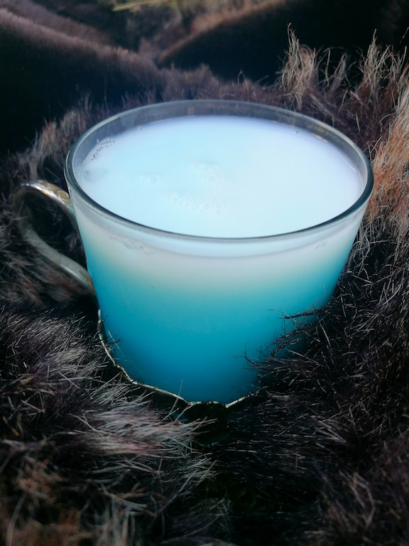 Close up image of munchies and munchkins white walker cocktail drink