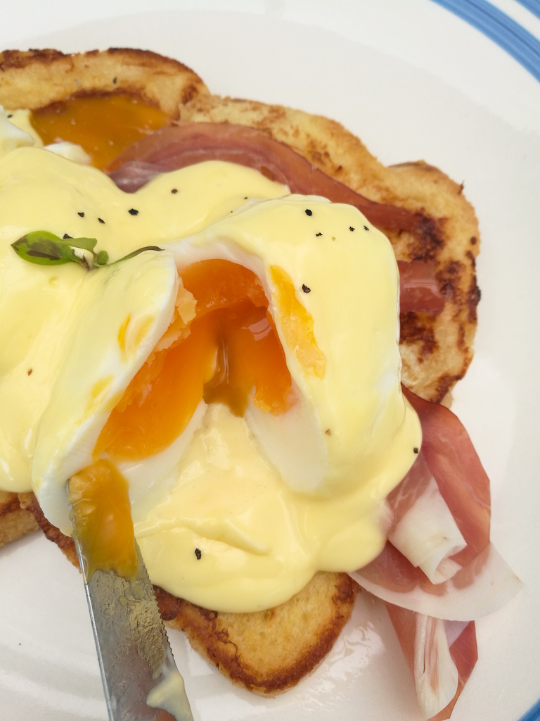 french toast eggs benedict