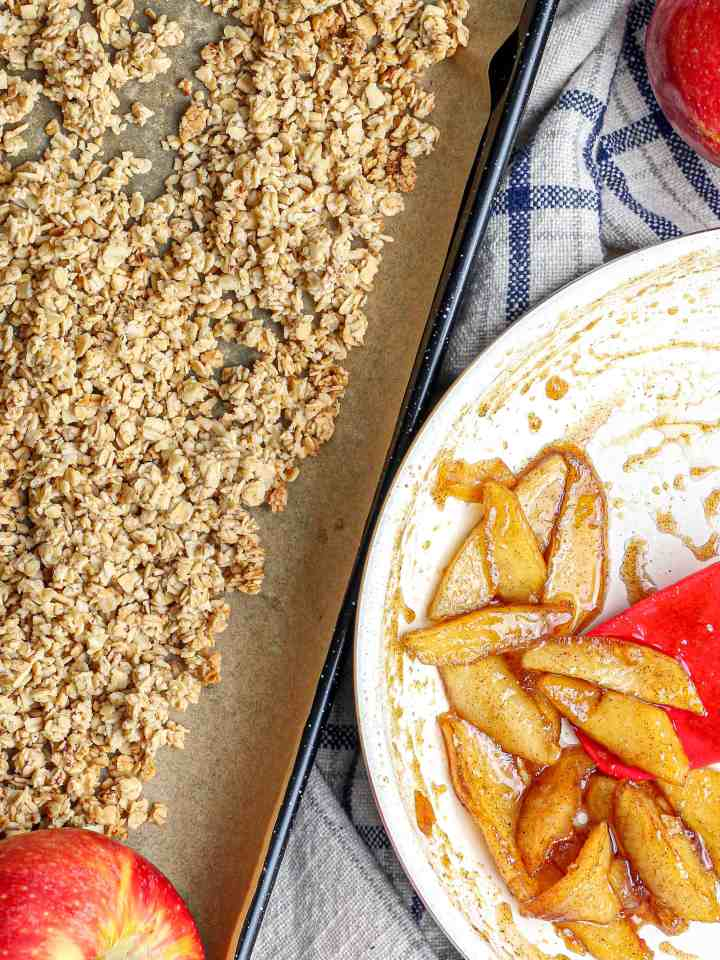 Granola and spiced apples.
