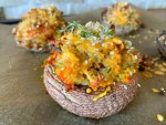 This Stuffed Portobello Mushroom with Bulgur recipe is one of my favorite stuffed portobello mushrooms recipes ever. It's delicious, filling, loaded with flavors, yet healthy and low in calories. Made simply with portobello mushrooms, bulgur, tomatoes and spices. It's so easy and oh so tasty. | Munchyesta.com