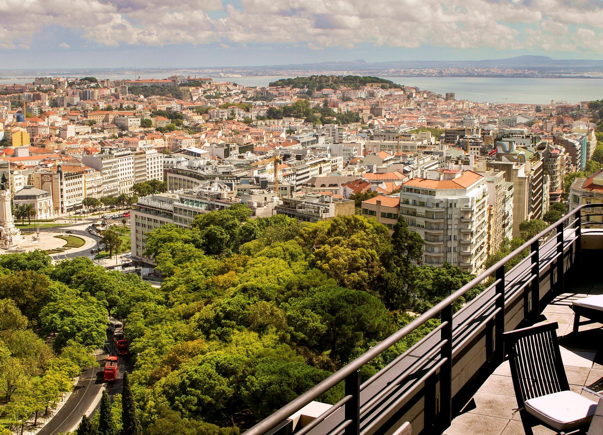 intercontinental-lisbon-3052959375-2x1